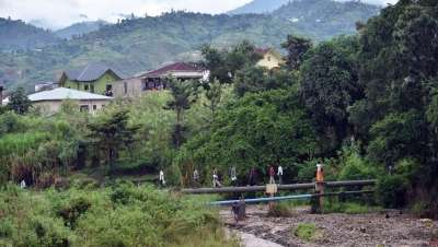 Inquiets, de nombreux Burundais se réfugient au Rwanda
